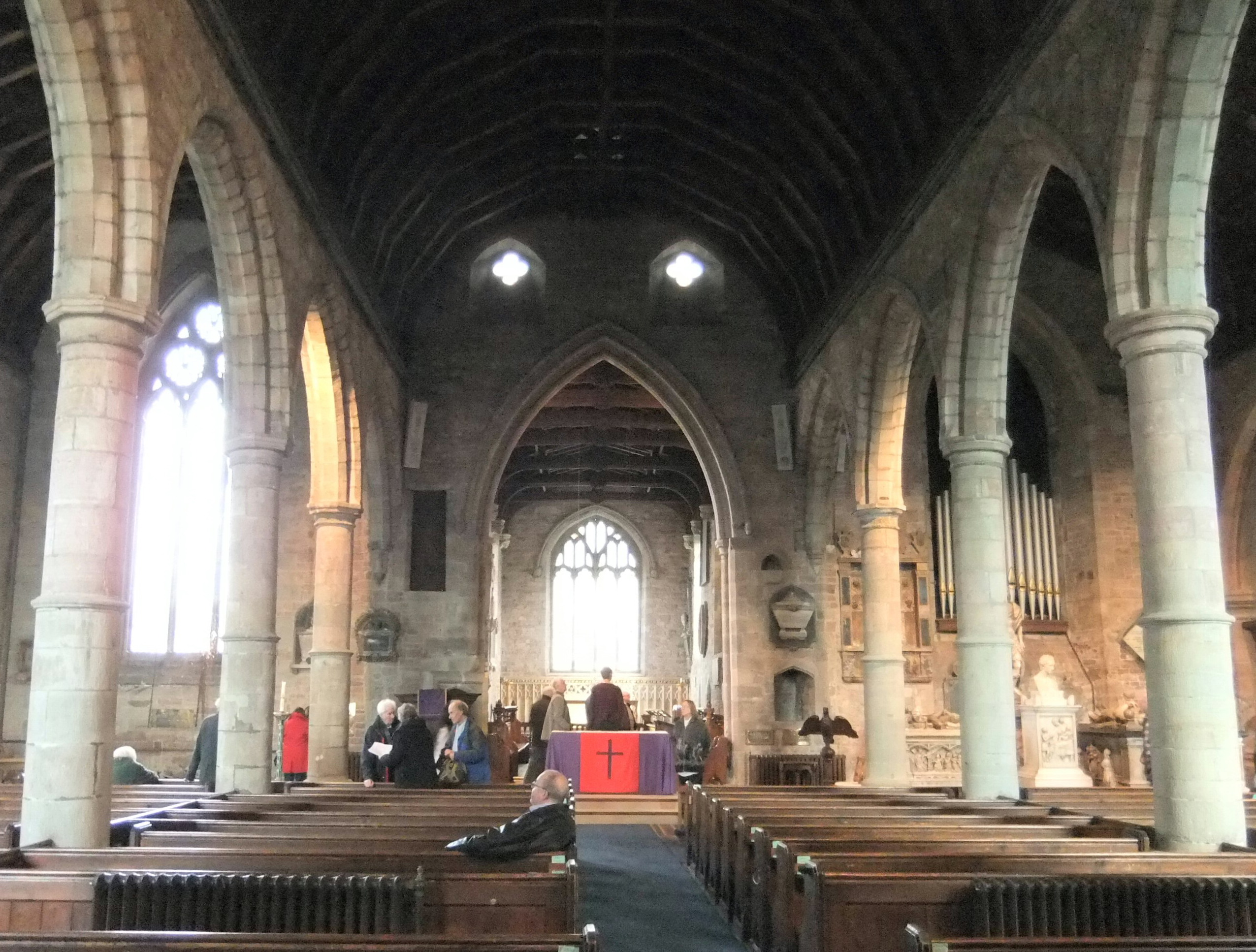 Herefordshire-Ross-on-Wye-St-Mary-Nave1-2210[1]