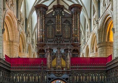 Gloucester_Cathedral_organ-header2