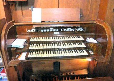 Oxfordshire-Goring-St-Thomas-console-04[1]
